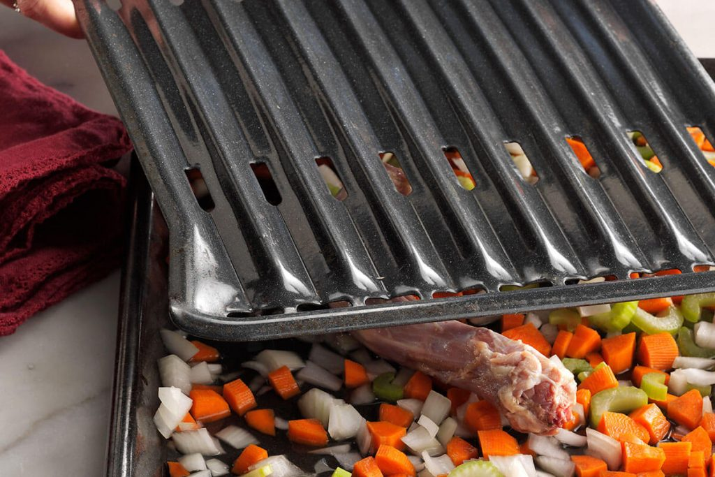 10 Best Broiler Pan for Delicious Grilled Food-7