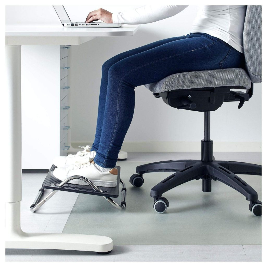 11 Best Under Desk Foot Rests