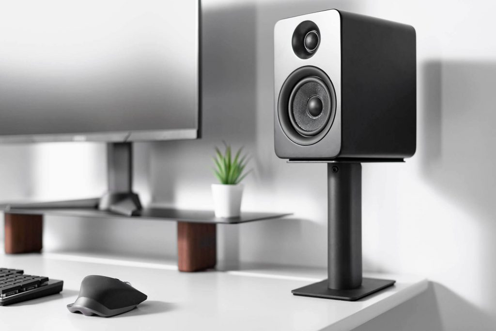 12 Best Speaker Stands – Enjoy the music to the full